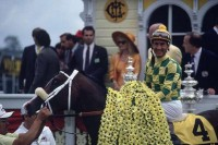 THOROUGHBRED CLASSICS: THE PREAKNESS STAKES w/BONUS FOOTAGE
