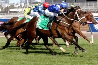 WINX Makes it 28-in-a Row VICTORIES (2018 Turnbull Stakes - Entire Televised Broadcast)